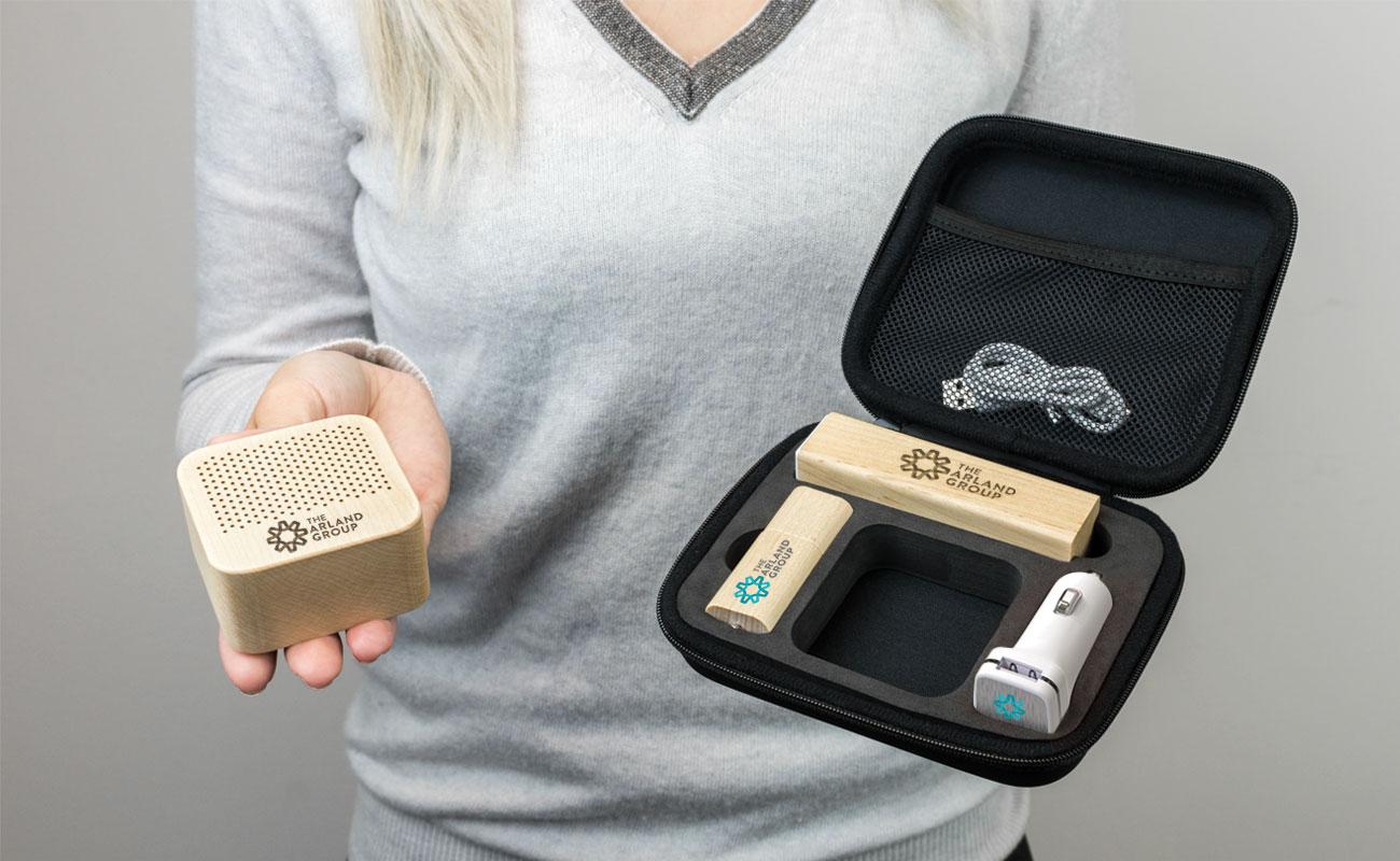 Maple L - USB Stick Bedrucken, Powerbank Werbegeschenk, Custom Car Charger und Lautsprecher Hersteller