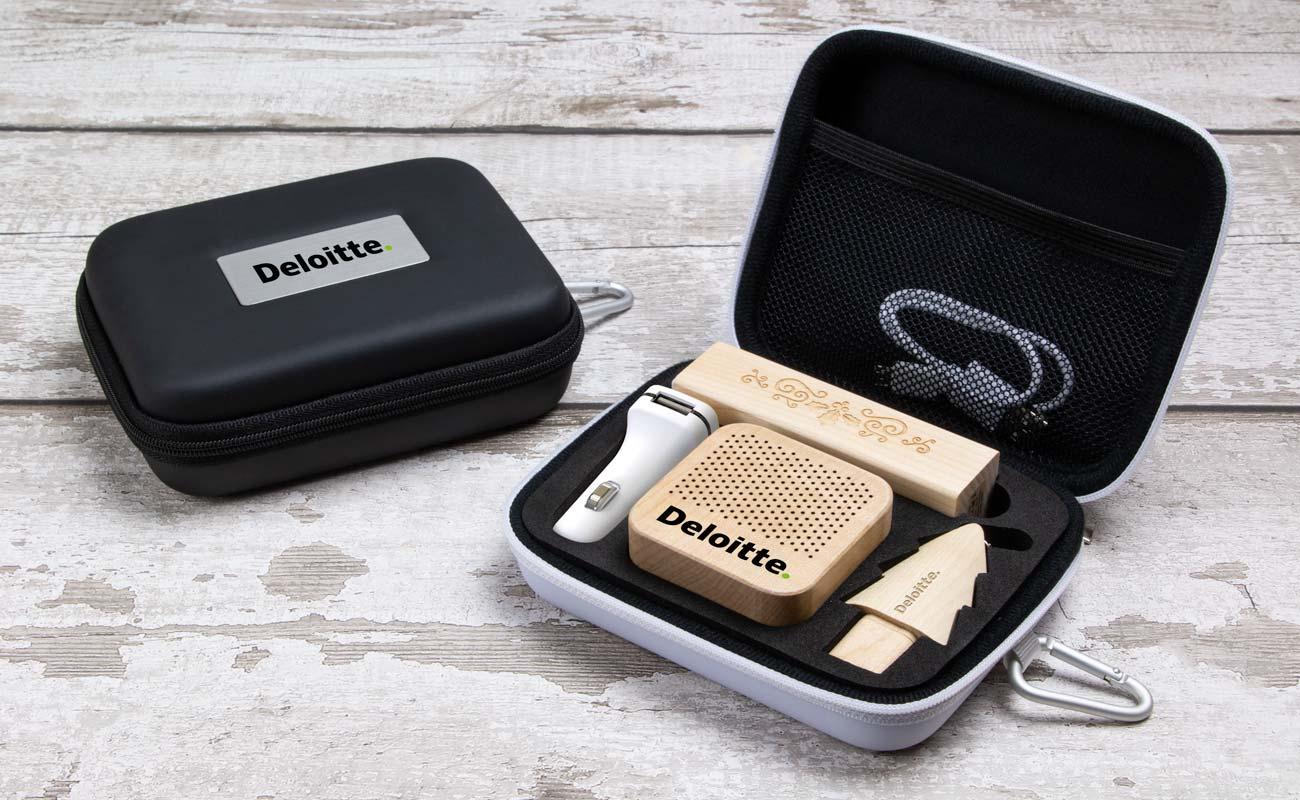 Noel L - USB Stick Bedrucken, Powerbank Werbegeschenk, Custom Car Charger und Lautsprecher Hersteller