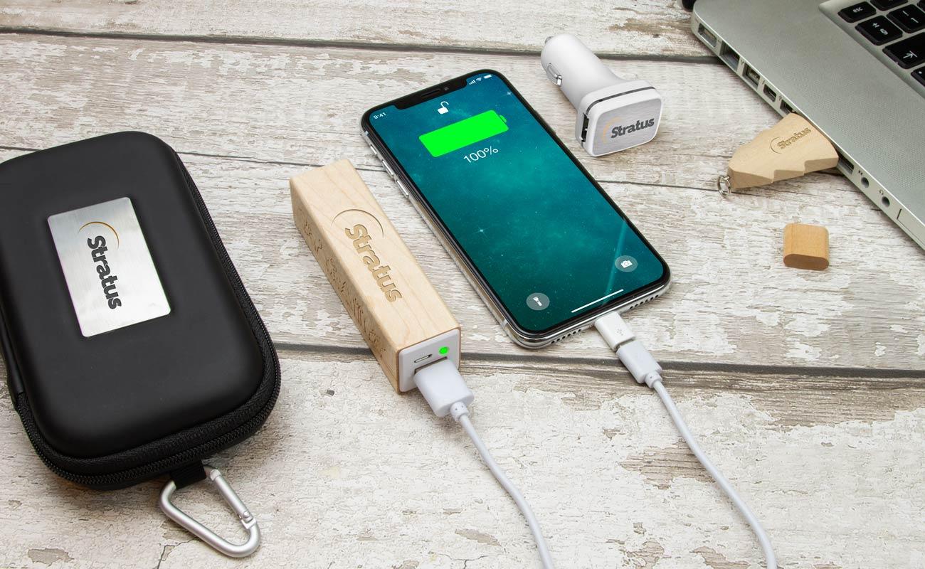 Noel M - USB Stick Bedrucken, Powerbank Werbegeschenk und Custom Car Charger